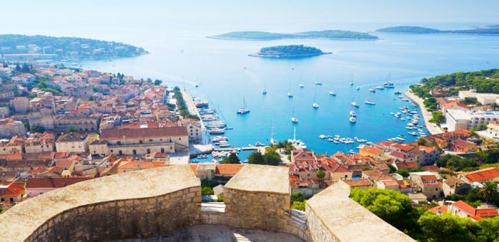 Try activities abroad in Croatia for families