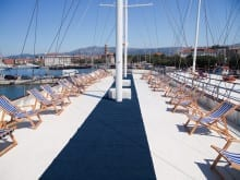 Sailing holiday accommodation